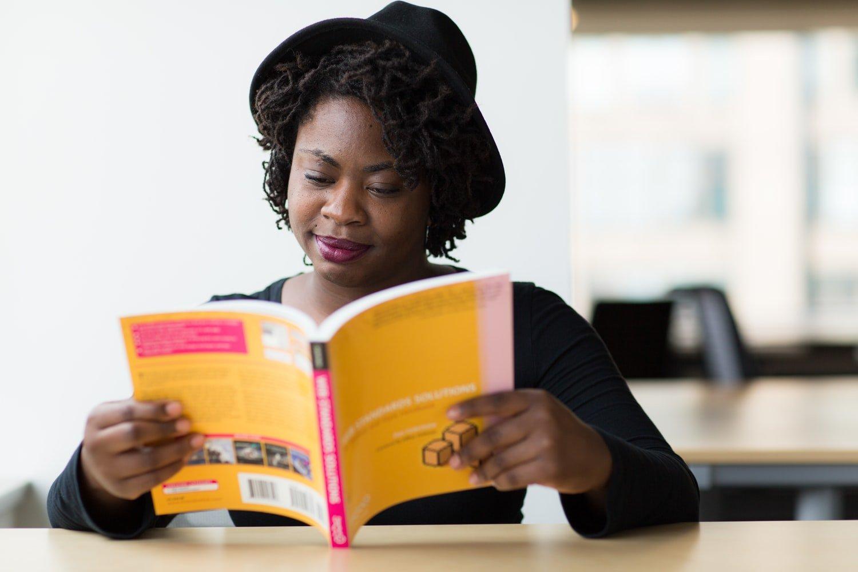 Cómo mejorar tu español a través de la lectura